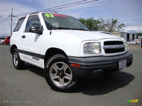 chevy tracker convertible 2002 white chevrolet tracker convertible 81127899