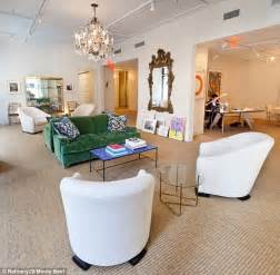 Estee Lauder Corporate Office by Estee Lauder S Granddaughter Aerin Shows Glamorous