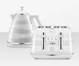 De Longhi Toaster Kettles And Toasters