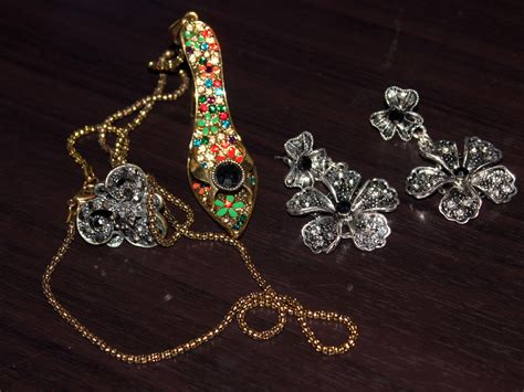 how to sell vintage costume jewelry on ebay 7 steps