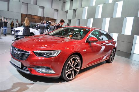opel cars 2017 2017 opel insignia grand sport revealed