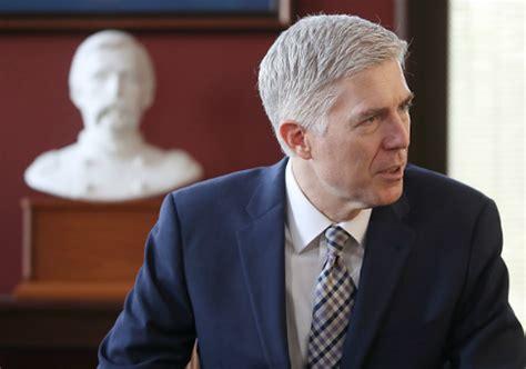 Gorsuch's First Major Vote Breaks Tie to Allow Arkansas ... Judge Neil Gorsuch