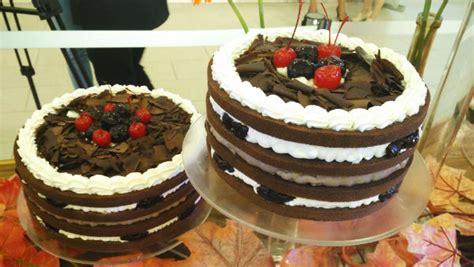 black velvet breadtalk meriahnya pameran cake wonderland di ulang tahun breadtalk