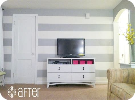 how to paint horizontal stripes on a bedroom wall christmas gift catalogs how to paint horizontal stripes