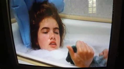a nightmare on elm 1984 iconic bathtub