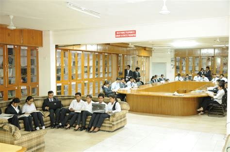 Mba And Bba Industrial Institute Chandigarh Mohali Chandigarh by Bba Management At Sas Institute Of Information Technology