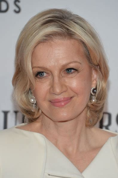 pictures of diane sawyer haircuts diane sawyer short wavy cut short wavy cut lookbook