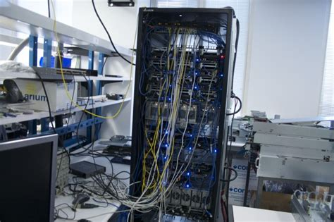 Server Rack Hardware by How Threatens Hp Cisco And More With Its