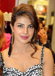 priyanka chopra life information priyanka chopra sweet smile life is a dream dream jt in