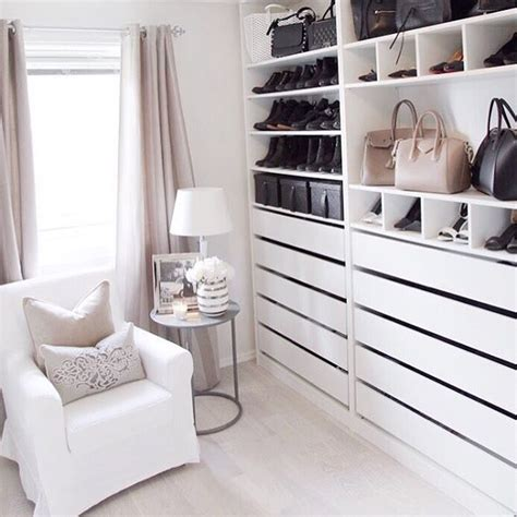 Pax Walk In Closet by 25 Best Ideas About Pax Closet On