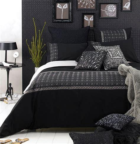 Black Wall Bedroom by Bedroom Decoration Black Wall Pretty Designs