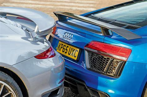 audi r8 vs porsche 911 turbo نبرد دو فامیل دور آئودی r8 در برابر 911 توربو مجله پدال