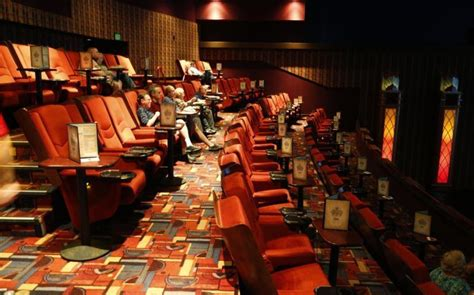 cinema suites under 21 broken arrow warren theatre 5 ways to watch a movie