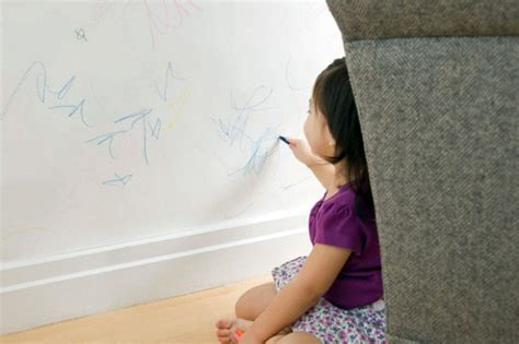 remove crayon from wall how to remove crayon art from your walls speed cleaning