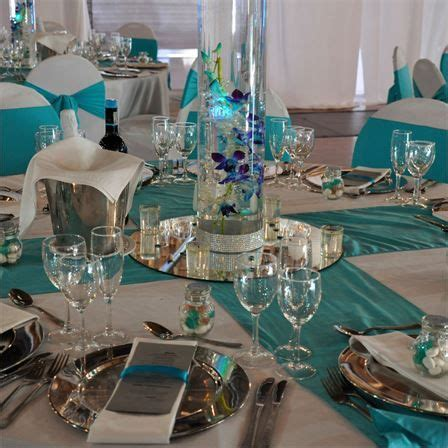 stacey dale s real wedding vibrant decor wedding