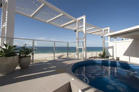 kirra surf appartments the ultimate gold coast accommodation guide