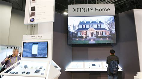 comcast and philips lighting partner to offer xfinity home