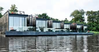 floating hotel rooms are a thing in thailand now