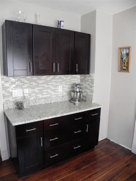 mocha shaker kitchen cabinets customer testimonial mocha shaker cabinets modern by