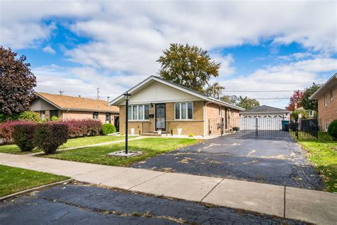 burbank il homes for sale burbank real estate bowers