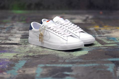 fragment design x nike tennis classic sp where to buy