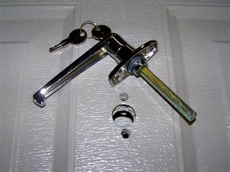 Garage Door Locks by Garage Door Lock