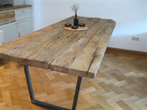Tisch Aus Altem Holz by Einzelst 252 Ck Holz Tisch Esstisch Aus Alten Eichenbalken