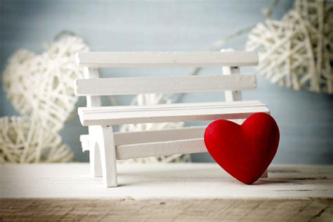 love benches wallpaper valentine s day heart decorations romantic