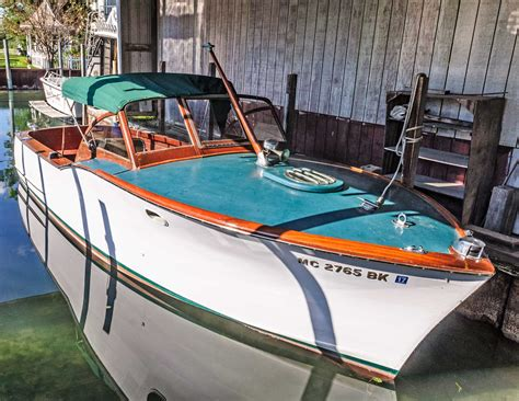 boat marine shop cuthbertson marine fixes engines and stores boats at a