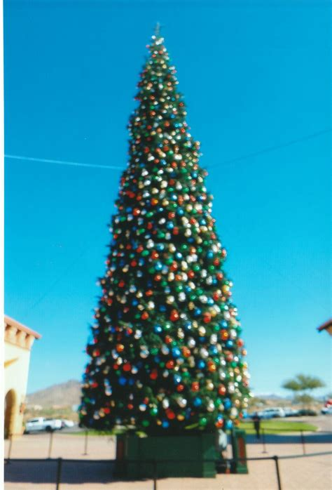 awesome picture of anthem outlets christmas tree