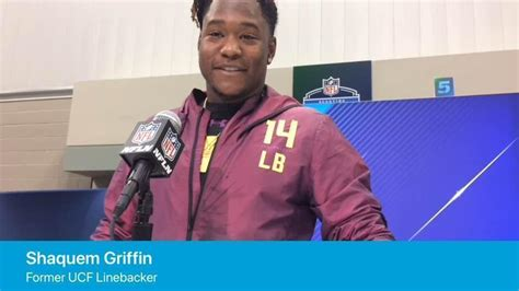 most bench press nfl combine shaquem griffin s nfl combine bench press is winning over