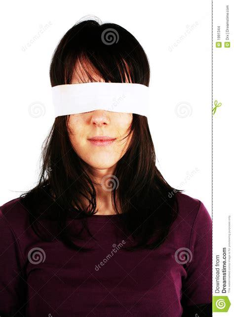 imagenes ojos vendados mujer con los ojos vendados censura imagenes de archivo