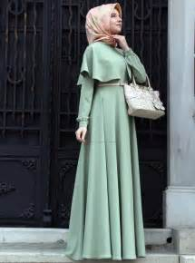 Simple dress with a cape capes are high fashion at the moment