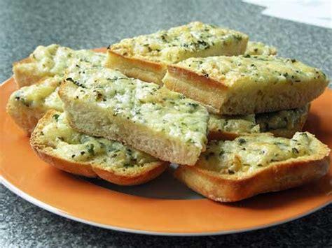 pizza backofen küche garlic bread knoblauchbrot a la pizza hut usa kulinarisch
