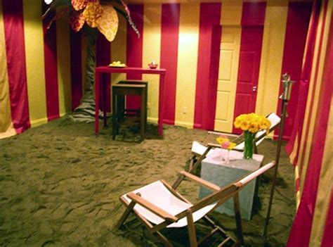 worst trading spaces 6 of the scariest trading spaces makeovers