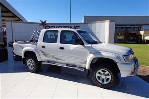 2005 toyota hilux 2 7 d cab legend 35 cars for sale in