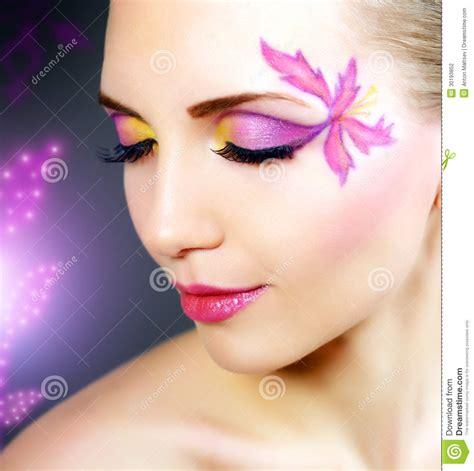 imagenes de ojos fantasia muchacha con maquillaje hermoso fotograf 237 a de archivo
