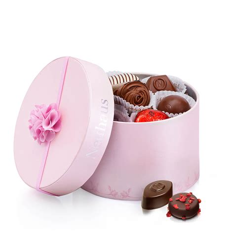 Luxury Pink pink luxury chocolate gift box 20 pcs for delivery in the