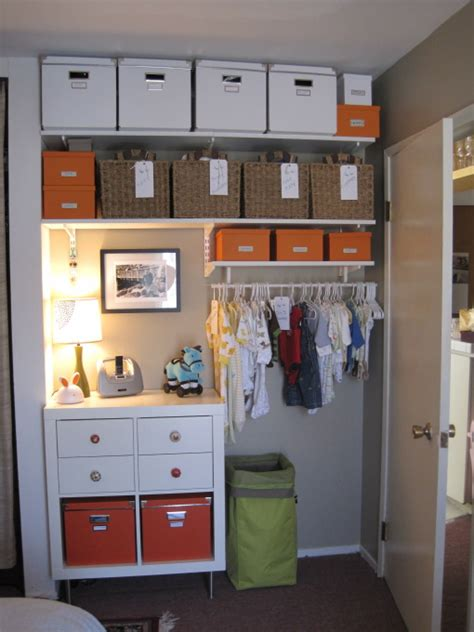 wandschrank kinderzimmer nursery closet transitional nursery hgtv