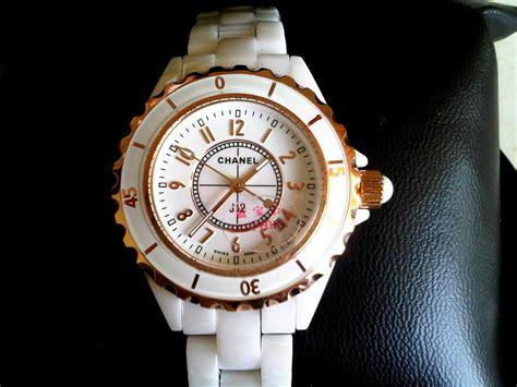 Gucci Keramik Kotak G White dhe collections watches