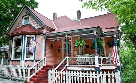 eureka springs bed and breakfast bridgeford house bed breakfast eureka springs b b weddings