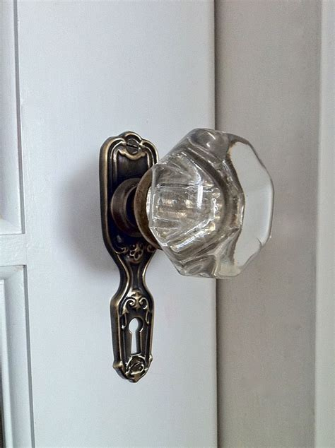 Vintage Interior Door Knobs Best 25 Antique Door Hardware Ideas On Antique Doors Diy Interior Sliding Barn