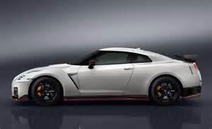 Nissan Gtr Nismo Horsepower 2017 Nissan Gt R Nismo Unveiled Performancedrive
