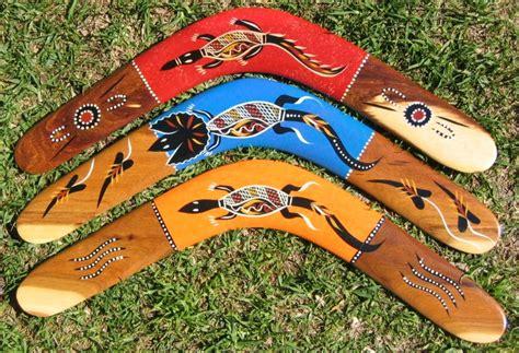 painting boomerang aboriginal boomerangs crosshatch