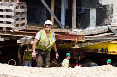 Chappaquiddick House Move The Vineyard Gazette Martha S Vineyard News Wasque House Move Continues On Third Day