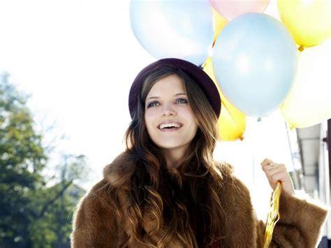 imagenes mujeres felices consejos para ser feliz soyactitud