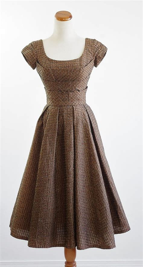 7 Tips For Identifying Vintage Clothing by Reserved For Keiko Vintage 50s Dress 1950s Brown