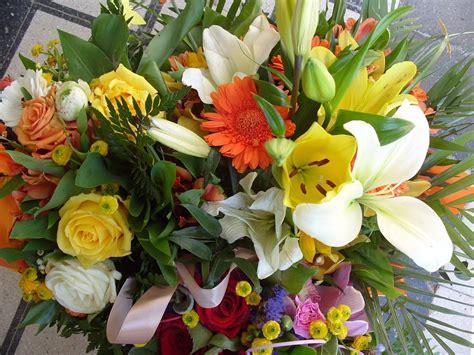 mazzi fiori immagini foto gratis fiore mazzo di fiori primavera immagine