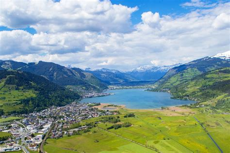 see a about a the town of zell am see in the zell am see kaprun region