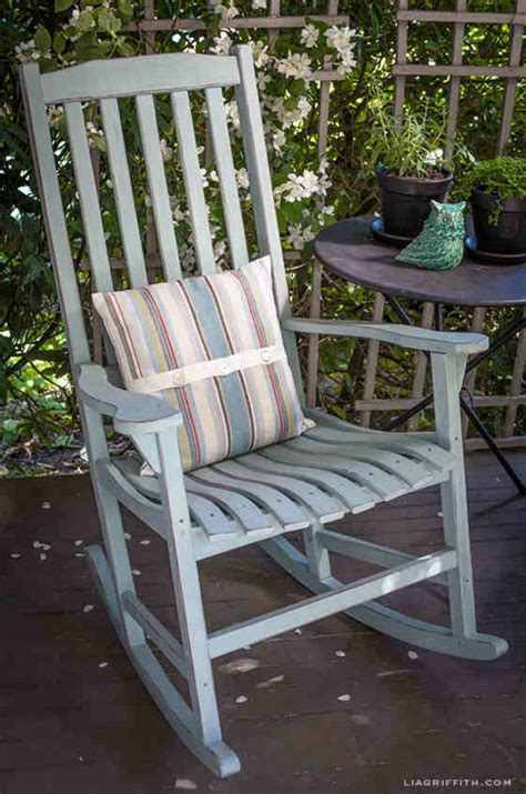 chalk paint rocking chair 20 awesome chalk paint furniture ideas diy ready